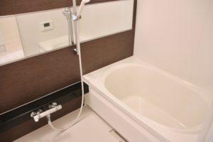 浴室の水漏れを放置するのは危険?